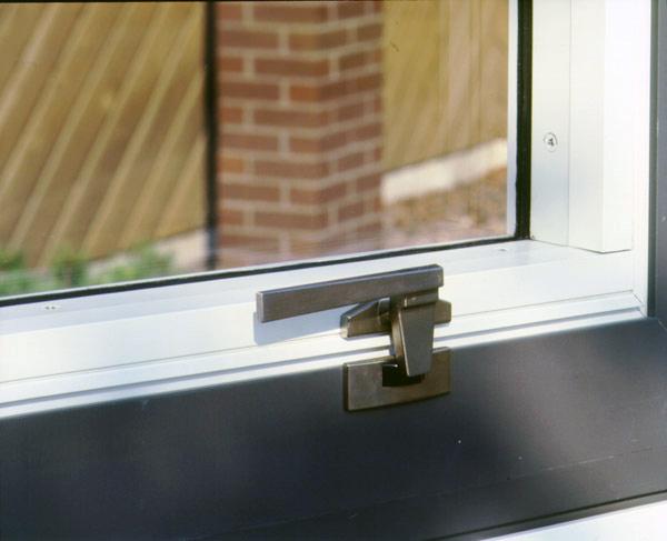 25 Series Trimline Amp Pole Operated Cam Handle Window Locks
